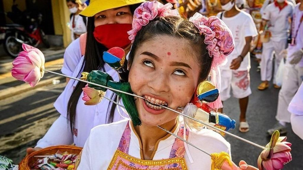 Bikin Ngilu, Begini Festival Vegetarian di Phuket
