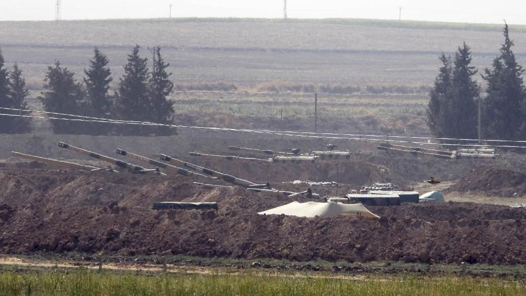 China Desak Turki Hentikan Operasi Militer di Suriah