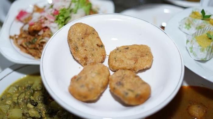 Perkedel, fried mashed potato