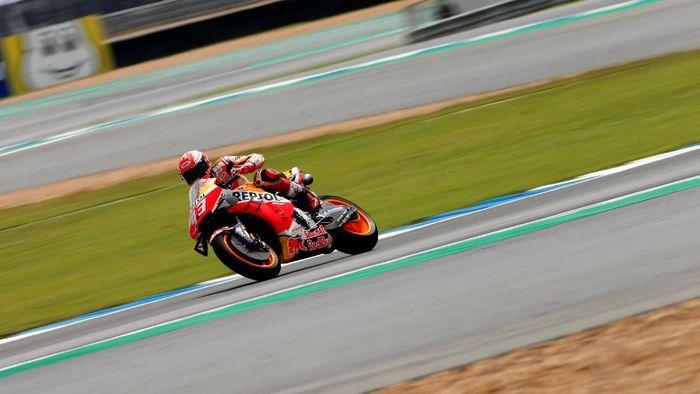 Marc Marquez bisa melewati rekor Rossi dan Agostini di kelas MotoGP (REUTERS/Soe Zeya Tun)