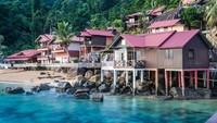 Pulau Tioman merupakan pulau yang popular di Malaysia. Pulau ini pernah diklaim Majalah Time sebagai salah satu pulau terindah pada tahun 1970.(iStock)