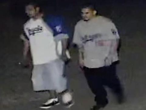 Foto dua tersangka penembakan di bar Kansas yang tengah diburu polisi AS
