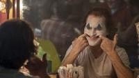 Joker Bawa Teror di Jalanan, Seorang Perempuan Bertopeng Badut Ditangkap