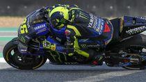Gegara Coba Teknik Ngerem Baru Valentino Rossi Terjatuh?