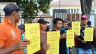 Soal Kasus Pemerkosaan, Puluhan Warga Datangi Kejari Probolinggo