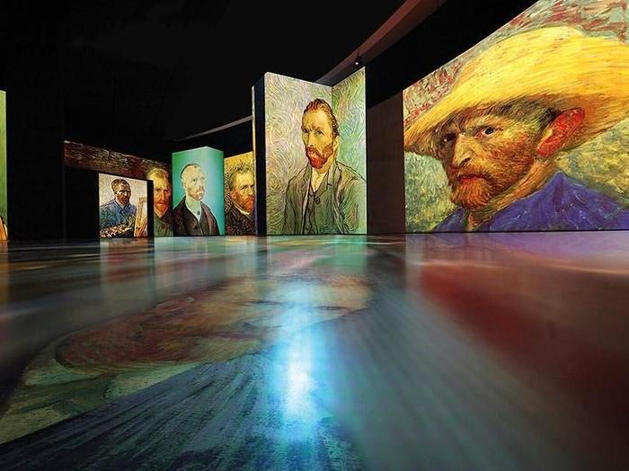 Pameran seni digital Van Gogh Alive