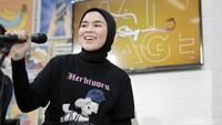 Sivia Azizah Curhat Lewat Lagu, Nyaman Ternyata Jebakan!