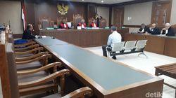 Didakwa Aniaya Hakim, Pengacara TW Ajukan Eksepsi