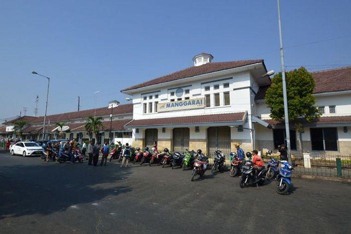 Stasiun Manggarai dibangun pada 1914 dan diresmikan pada 1 Mei 1918. Istimewa/heritage.kai.id.