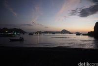 Kunci Puas Eksplor Pulau Padar dan Tips Pendakiannya