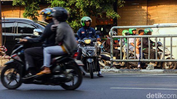 Taruhannya Nyawa, 6 Kebiasaan Buruk Pemotor Indonesia