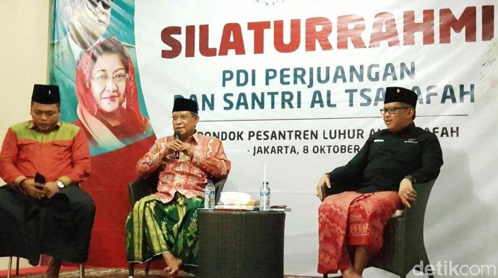 Dikunjungi Hasto, Ketum PBNU Harap Ada Menteri Urusan Pesantren