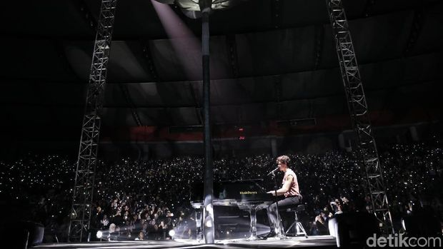 'Stiches' Jadi Kado Terima Kasih Shawn Mendes untuk Jakarta