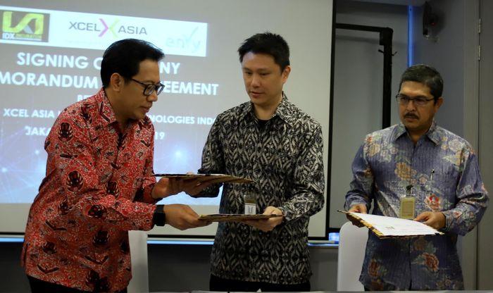 XCel Asia akan memberikan investasi di beberapa perusahaan binaan BEI di IDX Incubator yang potensial dan sesuai dengan kebutuhan investasi XCel Asia. Perusahaan ini bergerak di bidang pengoperasian program akselerasi dan pelatihan startup di beberapa kota di Asia. ENVY yang bergerak di bidang jasa teknologi informasi, dalam kerja sama ini, bertindak sebagai evaluator pada perusahaan startup binaan yang layak mendapatkan investasi dan bimbingan oleh XCel Asia. Foto: dok. Envy