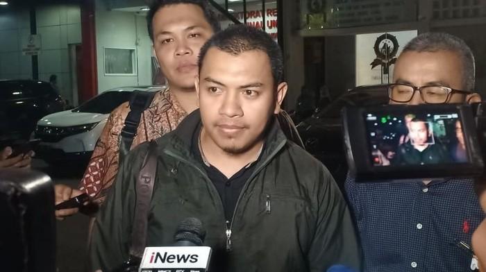 Sudah 10 Jam Diperiksa, Munarman Dicecar soal WA Tersangka Penganiayaan Ninoy