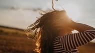 11 Cara Menumbuhkan Rambut Secara Alami dan Cepat