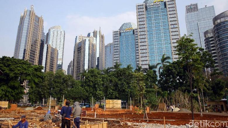 Hutan Kota GBK yang sedang direnovasi (Grandyos Zafna/detikcom)