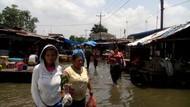 Imbas Hujan Semalam, Banjir 1 Meter Rendam Permukiman di Medan Labuhan