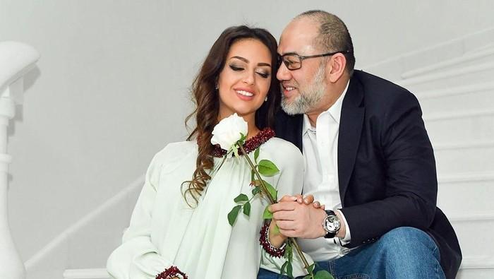 Miss Moscow Oksana Voevodina dan Sultan Muhammad V. Foto: instagram @rihanapetra