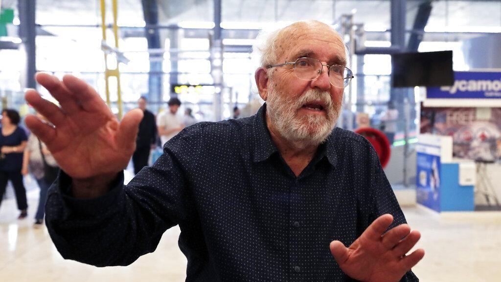 Pemenang Nobel Fisika: Manusia Takkan Pindah ke Planet Lain