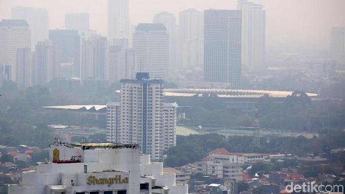 Menurut parameter US Air Quality Index (AQI US) kualitas udara Jakarta hari ini berada di angka 151. Menurut US Air Quality Index, kualitas udara Jakarta tidak sehat.