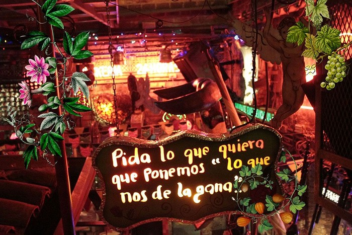 Disebut sebagai Pagan Paradise restoran ini sudah berdiri sejak 27 tahun yang lalu, dan disebut sebagai restoran tergila di dunia. Foto: Istimewa