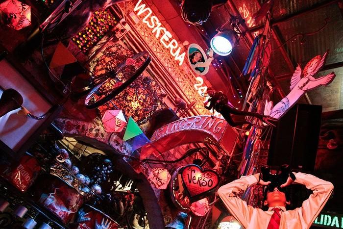 Memiliki lebih dari 8 tempat dansa, dan diisi dengan berbagai makanan enak yang memanjakan setiap pengunjung yang tengah berpesta. Foto: Istimewa