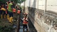 Jelang Musim Hujan, Pemkot Bandung Maraton Bersihkan Sungai