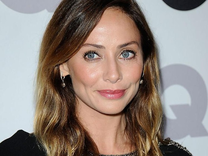 LOS ANGELES, CA - NOVEMBER 17:  Singer/actress Natalie Imbruglia arrives at the 16th Annual GQ