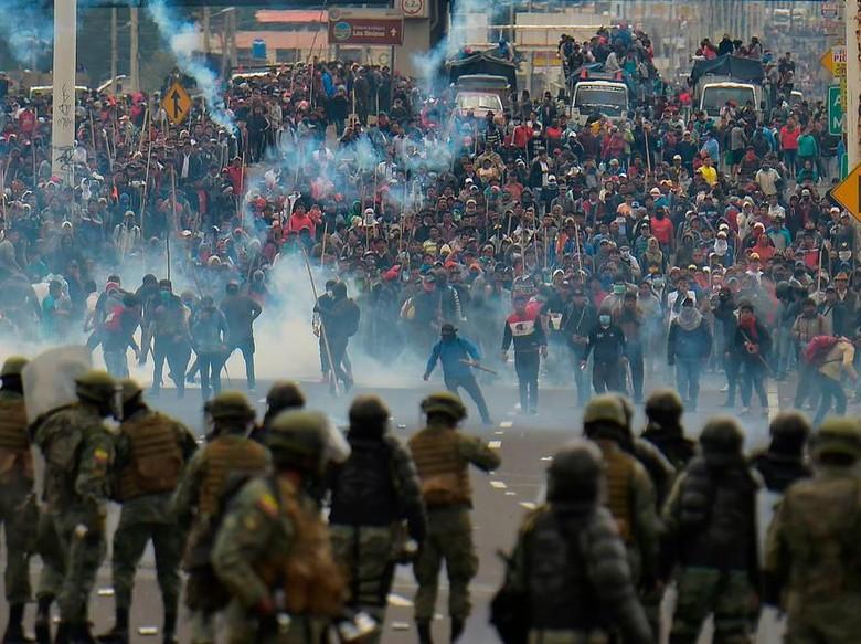 Presiden Ekuador Pindahkan Ibu Kota di Tengah Aksi Protes