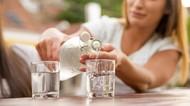 Ini Alasannya Kamu Perlu Minum Air  Putih Sebelum Sarapan