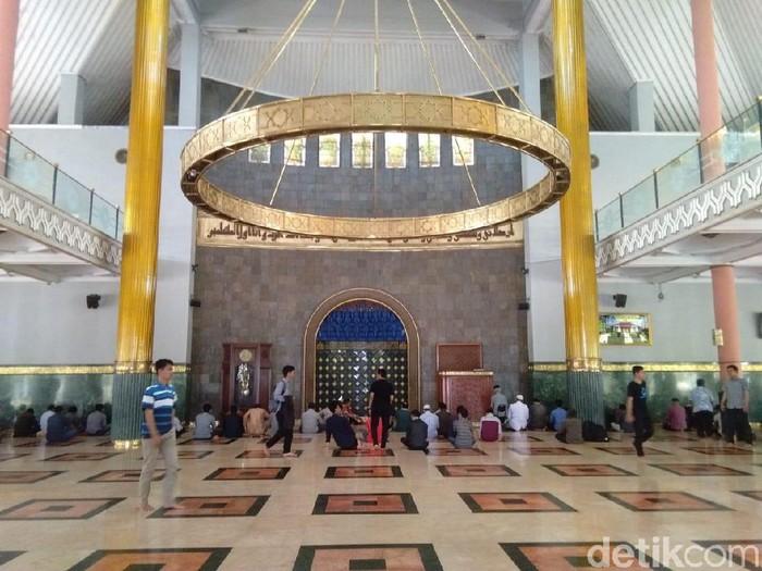 Masjid Kampus UGM, Rabu (9/10/2019).