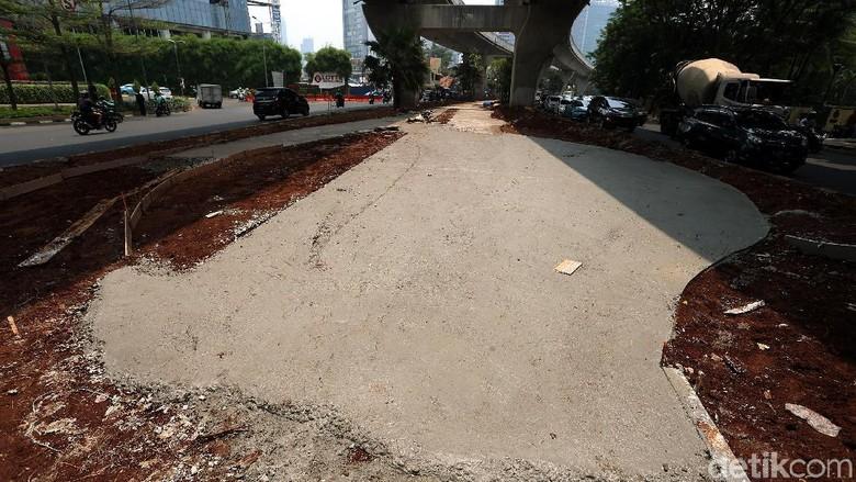 Pedestrian di Kolong JLNT Casablanca Mulai Ditata