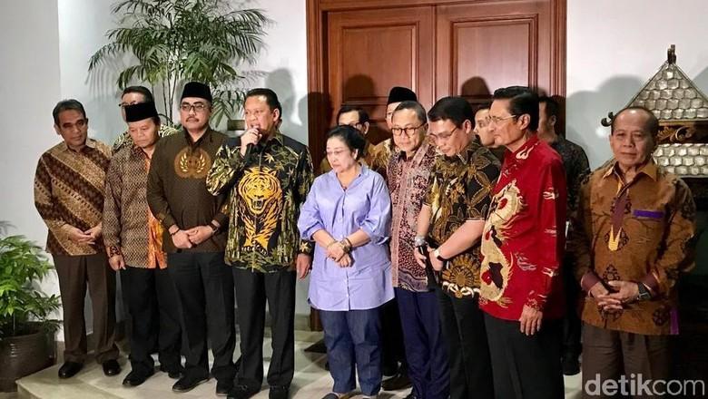 Terima Pimpinan MPR, Mega: Voting Bukan Jalannya Indonesia