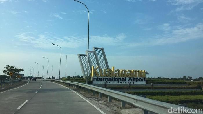 Jalan Menuju Kualanamu International Airport.