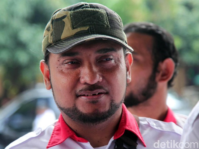 Polda Metro Jaya melakukan pemeriksaan terhadap Novel Bamukmin terkait kasus penganiayaan dan penyekapan relawan Jokowi, Ninoy Karundeng, Kamis (10/10/2019).