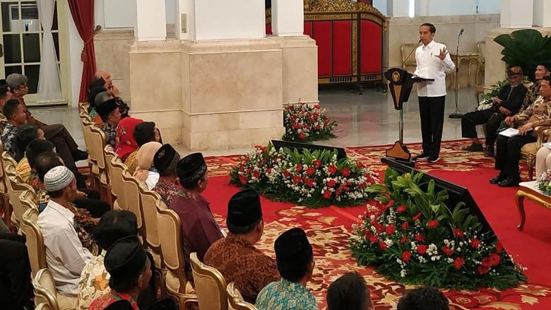 Jokowi Terima Massa Perhutanan: Katanya Demo, Ternyata Berterima Kasih