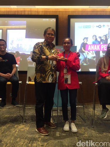 Cerita Remaja Desa Terpencil yang Bisa Jadi Menkominfo Sehari