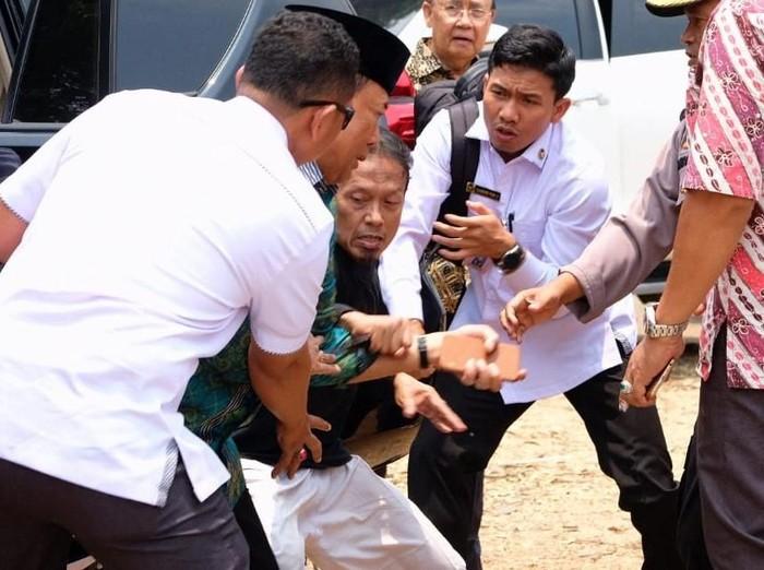 Serangan ke Wiranto. Foto: Dok. Polres Pandeglang