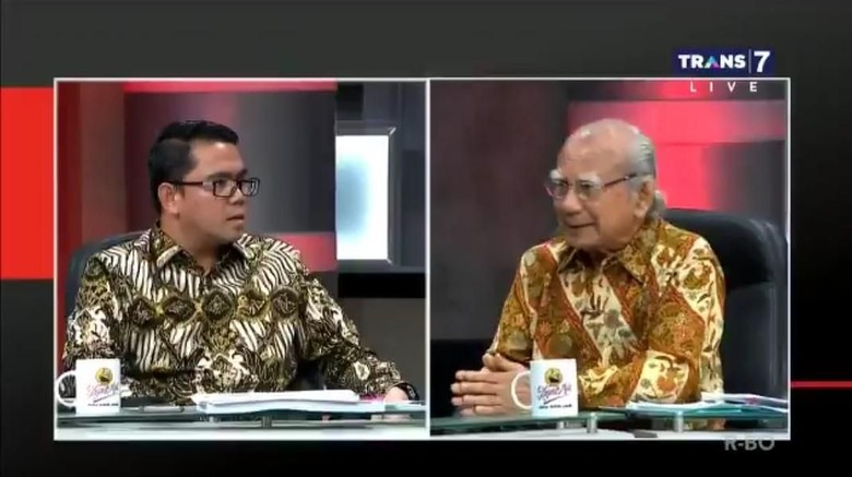 Debat Perppu KPK, Arteria Dahlan Tunjuk-tunjuk dan Sebut Emil Salim Sesat