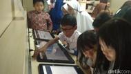 Melihat Antusiasme Bocah Indramayu Menikmati Perpustakaan Kereta
