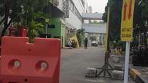 Ambulans yang Bawa Wiranto Tiba di RSPAD Gatot Subroto