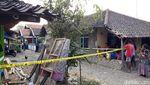 Rumah Istri Pelaku Penusukan Wiranto Digaris Polisi