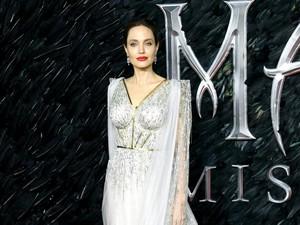 5 Penyebab Wanita Harus Operasi Angkat Rahim Seperti Angelina Jolie