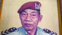 Sebelum Wafat, Imanuel Nuhan Sempat Sambangi Desa Penerjunan Pertama TNI