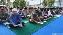 Puluhan Desa di Pacitan Kekeringan, Warga Salat Minta Hujan