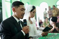 Pernikahan Satrio dan Karin jadi viral karena nikah dengan biaya murah