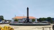 Begini Jadinya Saat Tugu Muda Semarang Kehilangan Bayang-bayangnya