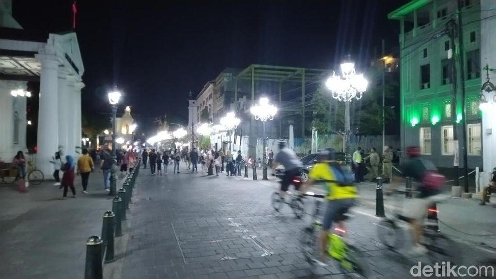 Melihat Car Free Night Pertama di Kota Lama Semarang