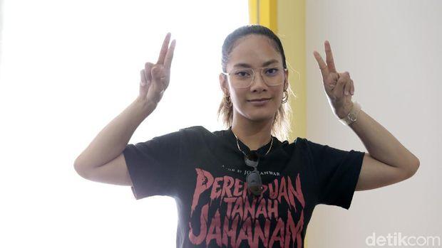 Setelah Heboh Tweet Doakan Wiranto, Awkarin: Im Gay For Tara Basro